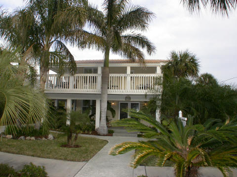 vacation  redding real estate, Beach House/